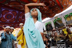 Pilgrim in a trance at the shrine of Moin-ud-din Chisti