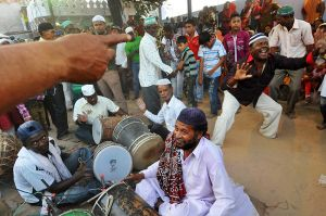 Drumming and dancing at a Sidi Dhammal.